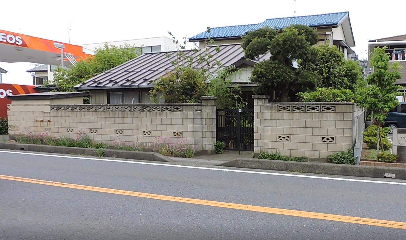 近隣商業地域の家の画像